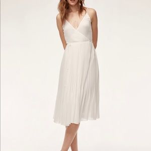 Aritzia Wilfred beaune oak dress